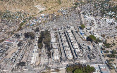 Vluchtelingenkamp #Moria staat in brand